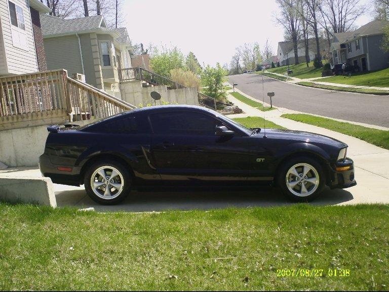2008 - Ford (Full) - Mustang