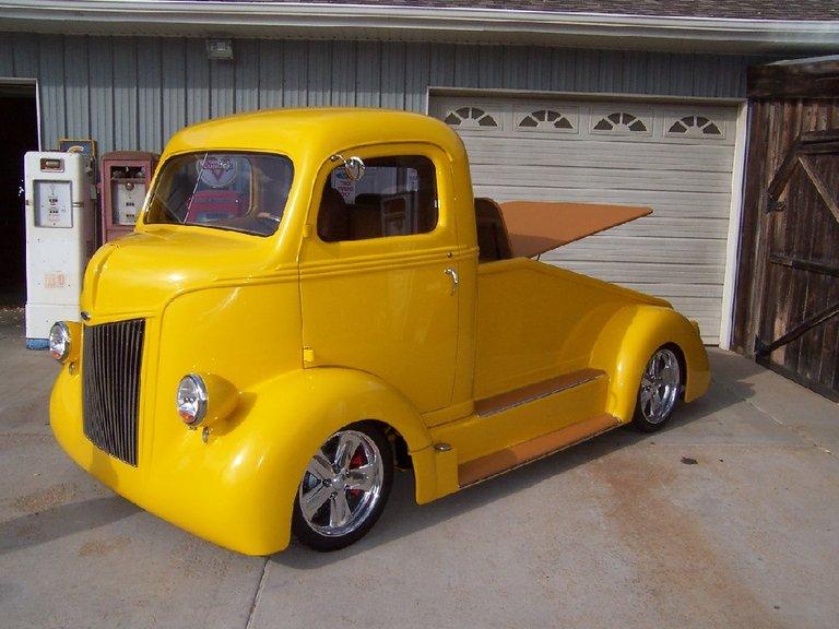 1947 - Ford Trucks - Ford Trucks