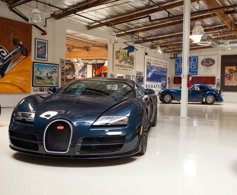 jay leno 39 s garage bugatti veyron 16 4 super sport photo 307191. Black Bedroom Furniture Sets. Home Design Ideas