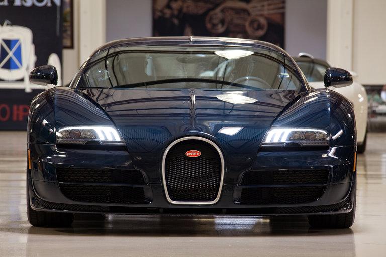 jay leno 39 s garage bugatti veyron 16 4 super sport photo 307121. Black Bedroom Furniture Sets. Home Design Ideas