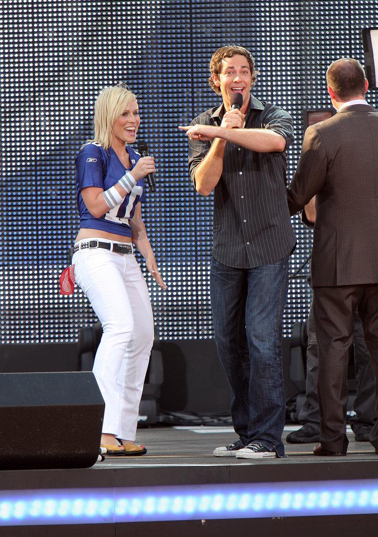 2008 NFL Kickoff - Show