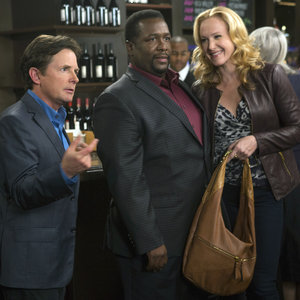 Mike, Harris and Leigh at a bar on The Michael J. Fox Show in episode 112.