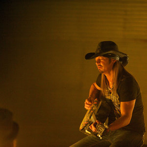 "Revolution - Bret Michaels performs in Episode 213, ""Happy Endings"""
