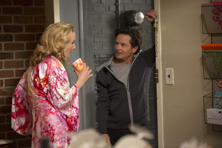 Leigh and Mike in episode 112 of The Michael J. Fox show.
