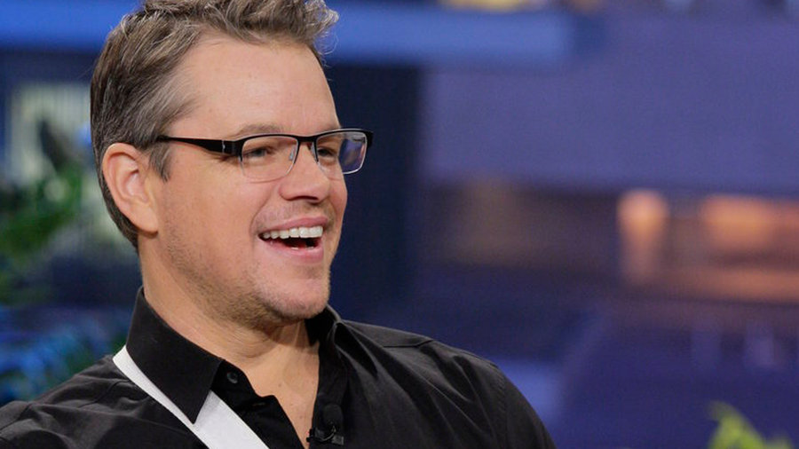Matt Damon, Larry the Cable Guy, with musical guest Chris Isaak