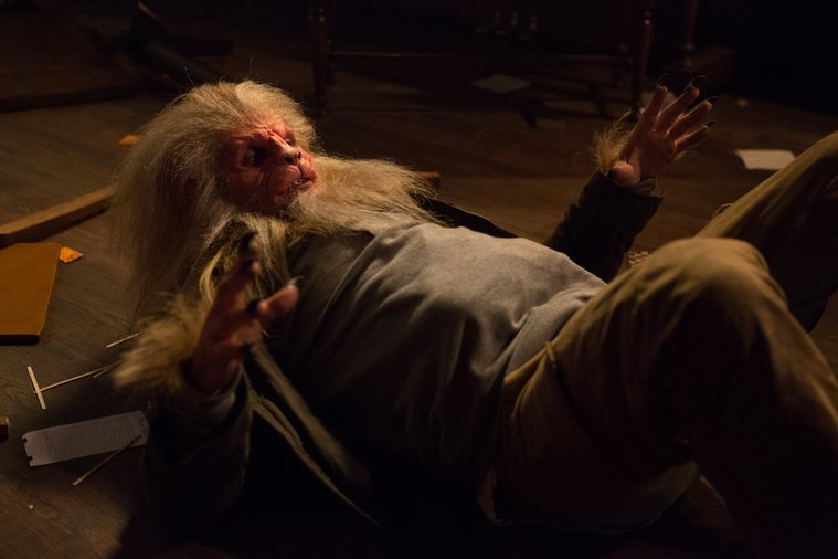 """Grimm - A Manticore on his back in Episode 311, """"The Good Soldier"""""""