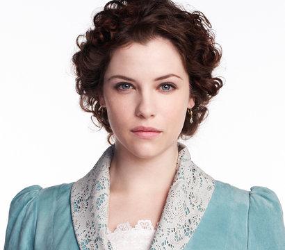 Jessica De Gouw stars as Mina Murray/Ilona on the NBC series Dracula.