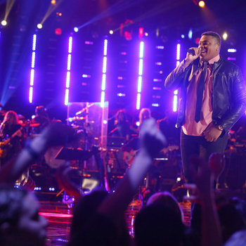 """THE VOICE -- """"Playoffs"""" -- Pictured: T.J. Wilkins  -- (Photo by: Trae Patton/NBC)"""