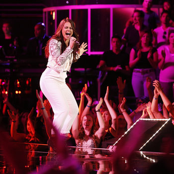 """THE VOICE -- """"Live Show"""" -- Pictured: Tess Boyer -- (Photo by: Trae Patton/NBC)"""