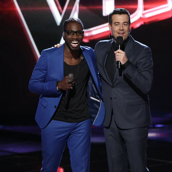 """THE VOICE -- """"Live Show"""" -- Pictured: (l-r) Delvin Choice, Carson Daly -- (Photo by: Tyler Golden/NBC)"""