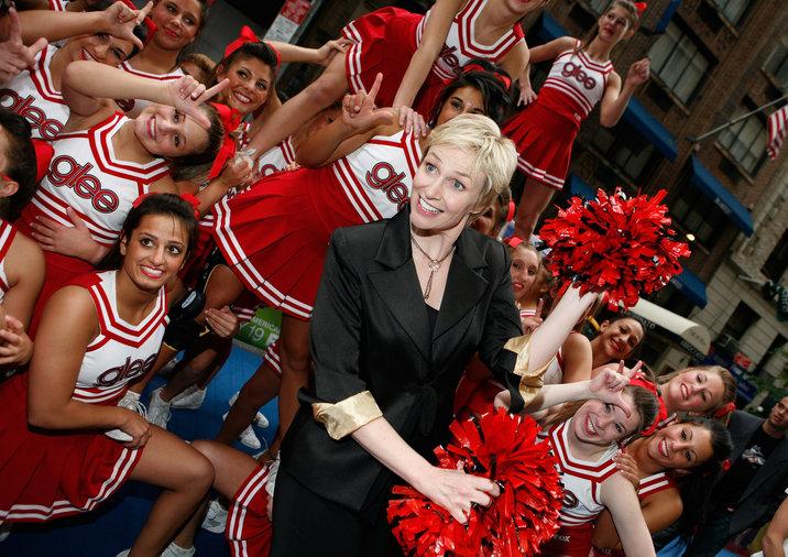 Glee Cheerleaders Exclusive Performance at Fox's Upfront Presentation