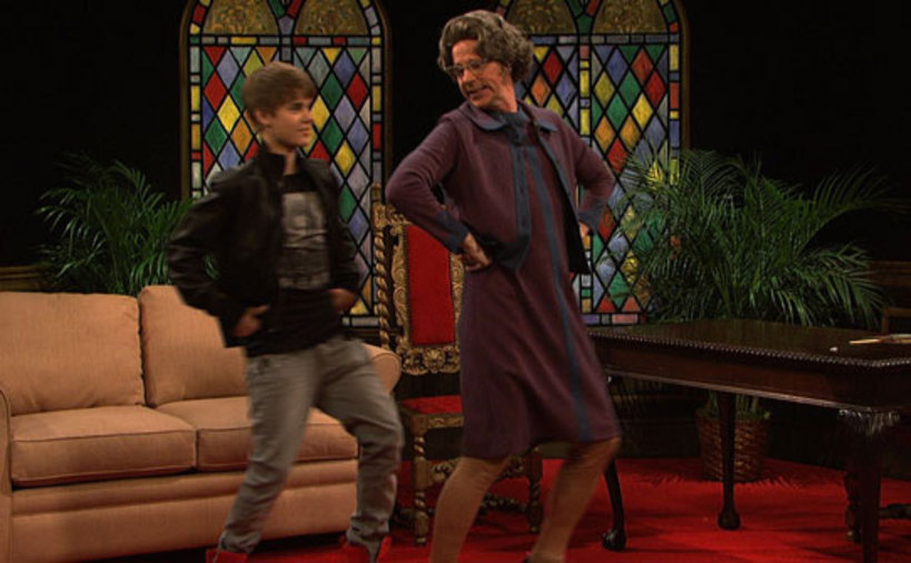 Justin Bieber dancing with Church Lady