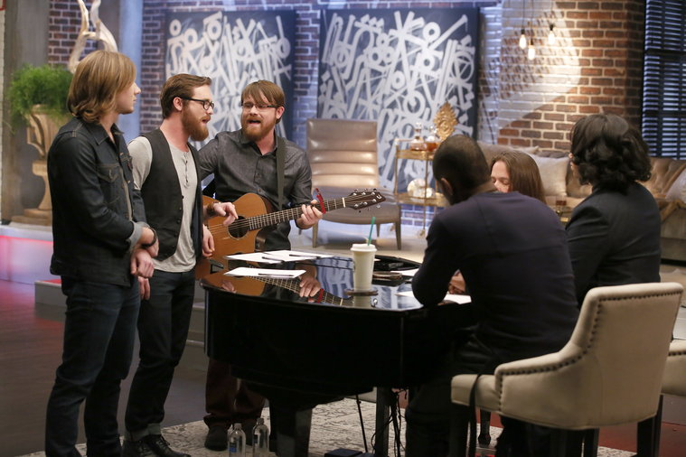 """THE VOICE -- """"Team Usher Battle Reality"""" -- Pictured: (l-r)  -- (Photo by: Trae Patton/NBC)"""