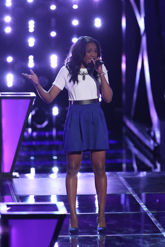 """THE VOICE -- """"Battle Rounds"""" Episode 609 -- Pictured: Deja Hall  -- (Photo by: Tyler Golden/NBC)"""