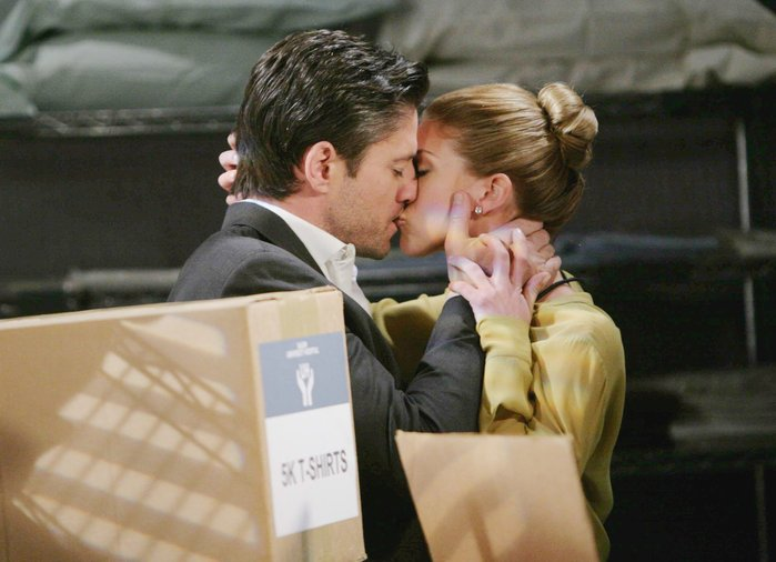 A mysterious figure delivers incriminating photos of EJ and Abigail to the DiMera mansion...