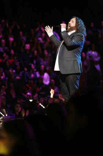 """THE VOICE -- """"Playoffs"""" -- Pictured: Patrick Thomson -- (Photo by: Trae Patton/NBC)"""