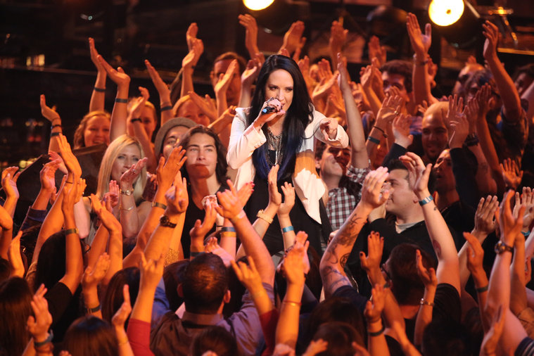 """THE VOICE -- """"Live Show"""" -- Pictured: Kat Perkins -- (Photo by: Tyler Golden/NBC)"""