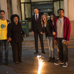 """COMMUNITY -- """"Repilot"""" Episode 501 -- Pictured: (l-r) Danny Pudi as Abed, Yvette Nicole Brown as Shirley, Joel McHale as Jeff Winger, Gillian Jacobs as Britta, Alison Brie as Annie, Donald Glover as Troy"""