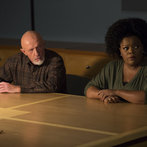 """COMMUNITY -- """"Basic Sandwich"""" -- Pictured:  (l-r) Jonathan Banks as Professor Hickey, Yvette Nicole Brown as Shirley Bennett -- (Photo by: Justin Lubin/NBC)"""