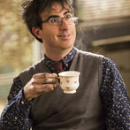 """COMMUNITY -- """"Basic Sandwich"""" -- Pictured: John Oliver as Professor Duncan -- (Photo by: Justin Lubin/NBC)"""