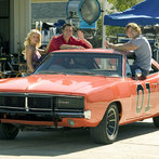 """Jessica Simpson, Johnny Knoxville and Seann William Scott on the Set of """"The Dukes of Hazzard"""""""