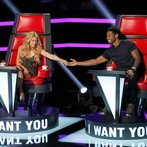 """THE VOICE -- """"Blind Auditions"""" -- Pictured: (l-r) Shakira, Usher -- (Photo by: Trae Patton/NBC)"""