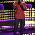 "THE VOICE -- ""Blind Auditions"" Episode 603 -- Pictured: Deshawn Washington -- (Photo by: Tyler Golden/NBC)"