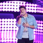 "THE VOICE -- ""Blind Auditions"" Episode 605 -- Pictured: Austin Ellis -- (Photo by: Tyler Golden/NBC)"
