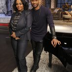 "THE VOICE -- ""Team Usher Battle Reality"" -- Pictured: (l-r) Jill Scott, Usher -- (Photo by: Trae Patton/NBC)"