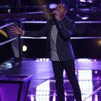"THE VOICE -- ""Battle Rounds"" Episode 607 -- Pictured: Deshawn Washington  -- (Photo by: Tyler Golden/NBC)"