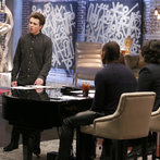 "THE VOICE -- ""Team Usher Battle Reality"" Episode 609 -- Pictured: (l-r) Madilyn Paige, Tanner James, Usher, Jill Scott  -- (Photo by: Trae Patton/NBC)"