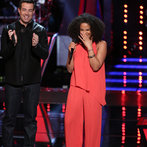 "THE VOICE -- ""Battle Rounds"" Episode 609 -- Pictured: (l-r) Carson Daly, Musicbox / Ayesha Brooks -- (Photo by: Tyler Golden/NBC)"