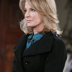 Marlena turns to EJ and Sami to help her out of a crisis.