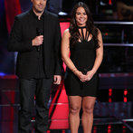 """THE VOICE -- """"Battle Round 2"""" Episode 611 -- Pictured: (l-r) Carson Daly, Tess Boyer -- (Photo by: Tyler Golden/NBC)"""