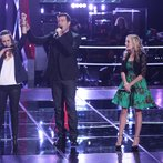 """THE VOICE -- """"Battle Round 2"""" Episode 613 -- Pictured: (l-r) Bria Kelly, Carson Daly, Madilyn Paige  -- (Photo by: Tyler Golden/NBC)"""