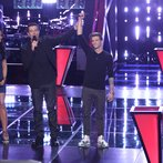"""THE VOICE -- """"Battle Round 2"""" Episode 613 -- Pictured: (l-r) Brittnee Camelle, Carson Daly, Jake Barker -- (Photo by: Tyler Golden/NBC)"""