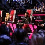 "THE VOICE -- ""Playoffs"" -- Pictured: (l-r) Adam Levine, Shakira, Usher, Blake Shelton -- (Photo by: Trae Patton/NBC)"
