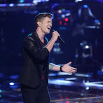 """THE VOICE -- """"Playoffs"""" -- Pictured: Jake Barker -- (Photo by: Tyler Golden/NBC)"""