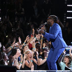 "THE VOICE -- ""Live Show"" -- Pictured: Delvin Choice -- (Photo by: Tyler Golden/NBC)"