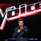 """THE VOICE -- """"Live Show"""" -- Pictured: Carson Daly -- (Photo by: Tyler Golden/NBC)"""
