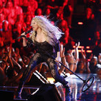 "THE VOICE -- ""Live Show"" -- Pictured:  Shakira -- (Photo by: Trae Patton/NBC)"