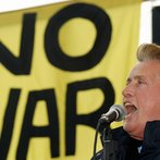 Martin Sheen Speaks at Hollywood Anti-War Protest
