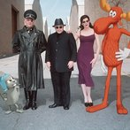 "Robert De Niro, Jason Alexander, and Rene Russo star in ""The Adventures of Rocky and Bullwinkle."""