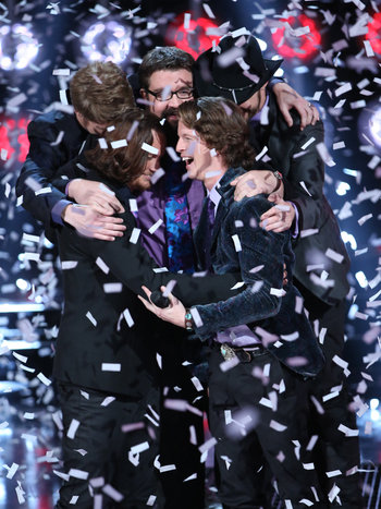 The Sing-Off - Home Free hugging one another in storm of confetti