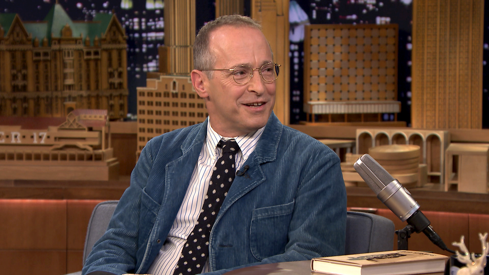 david sedaris ashes essay Happy 57th birthday to david sedaris: writer humorist former shopping mall elf nudist colony visitor smoking-quitter frequent flyer boyfriend to hugh brother.