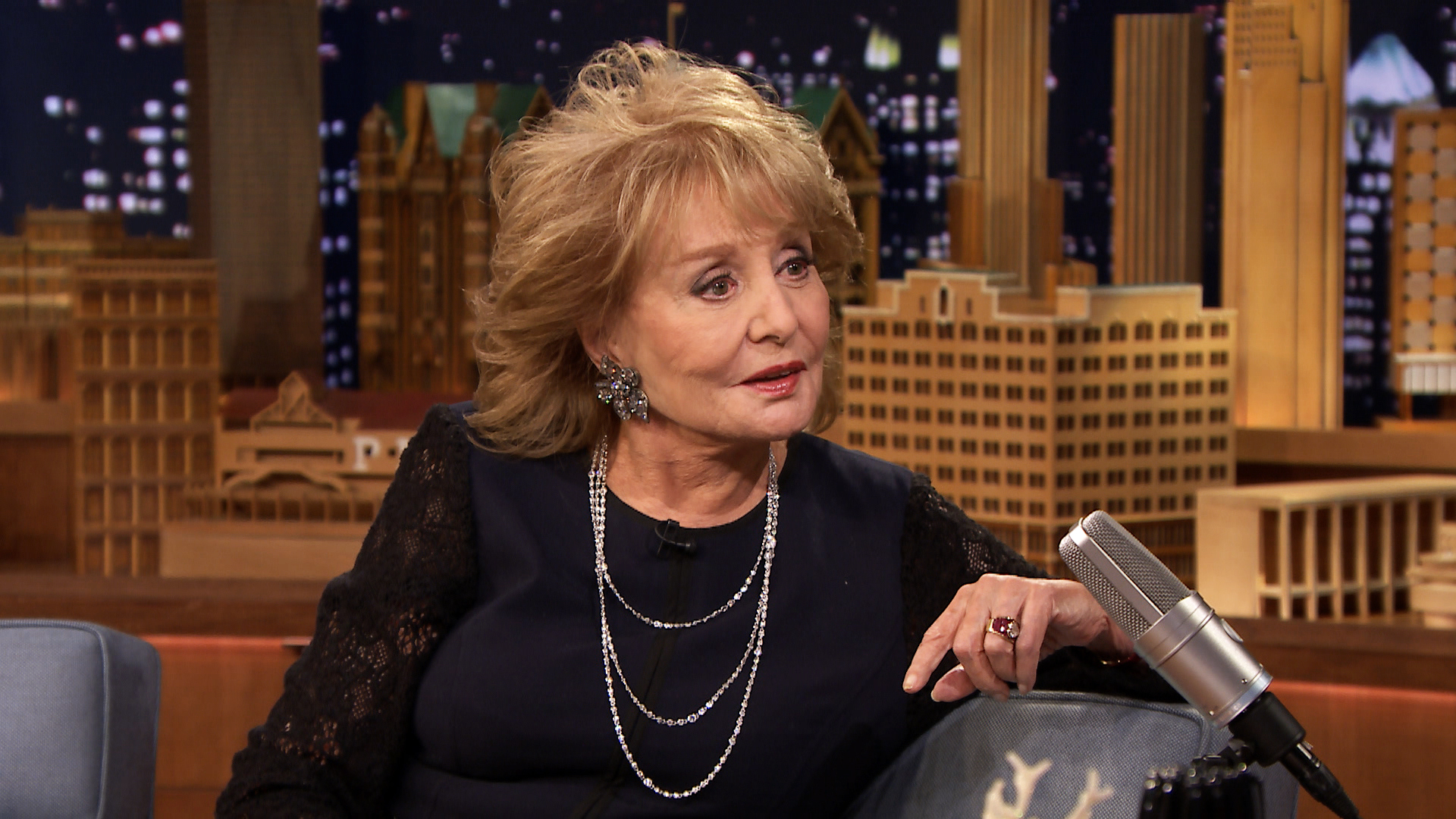 Barbara Walters Calls Warren Beatty Boring The Tonight Show