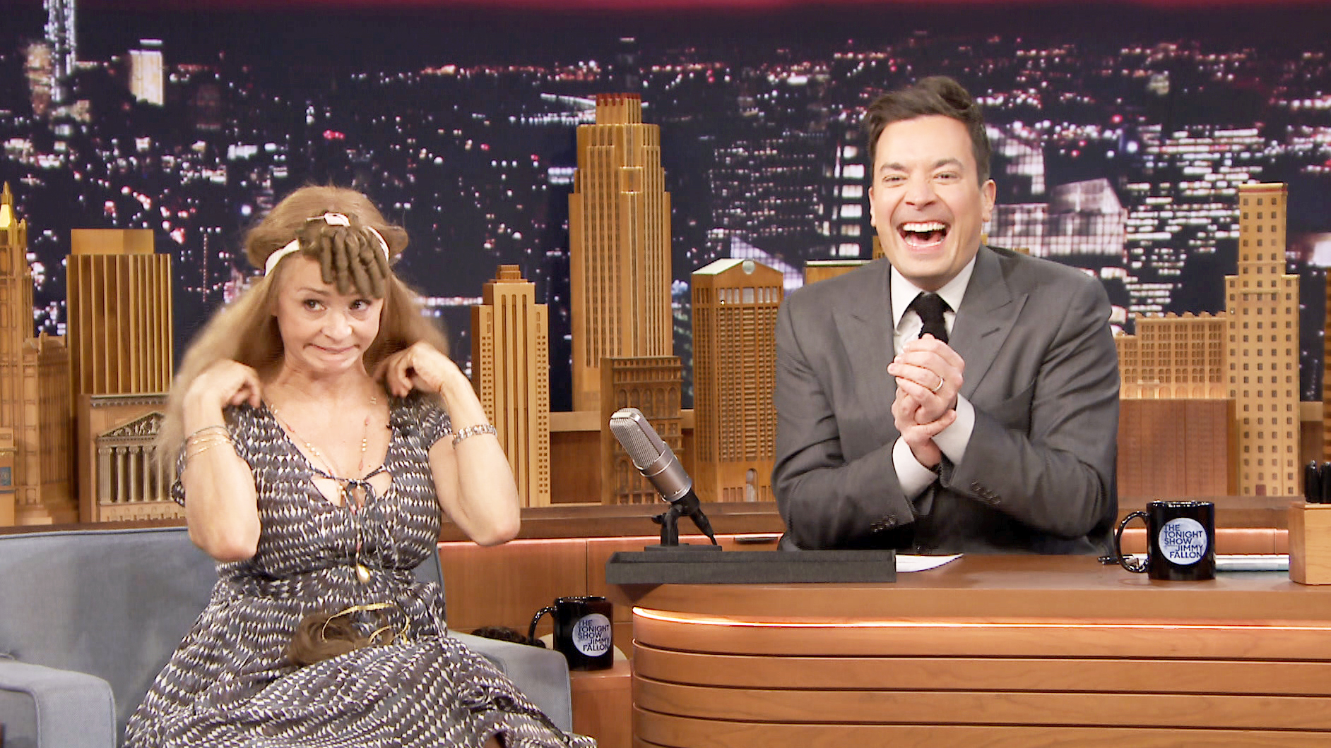 Amy Sedaris Is Obsessed with Beard Wigs - The Tonight Show