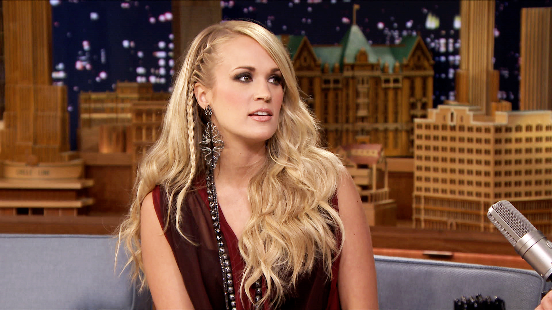 Carrie Underwood S Dogs Locked Her Baby In A Car The