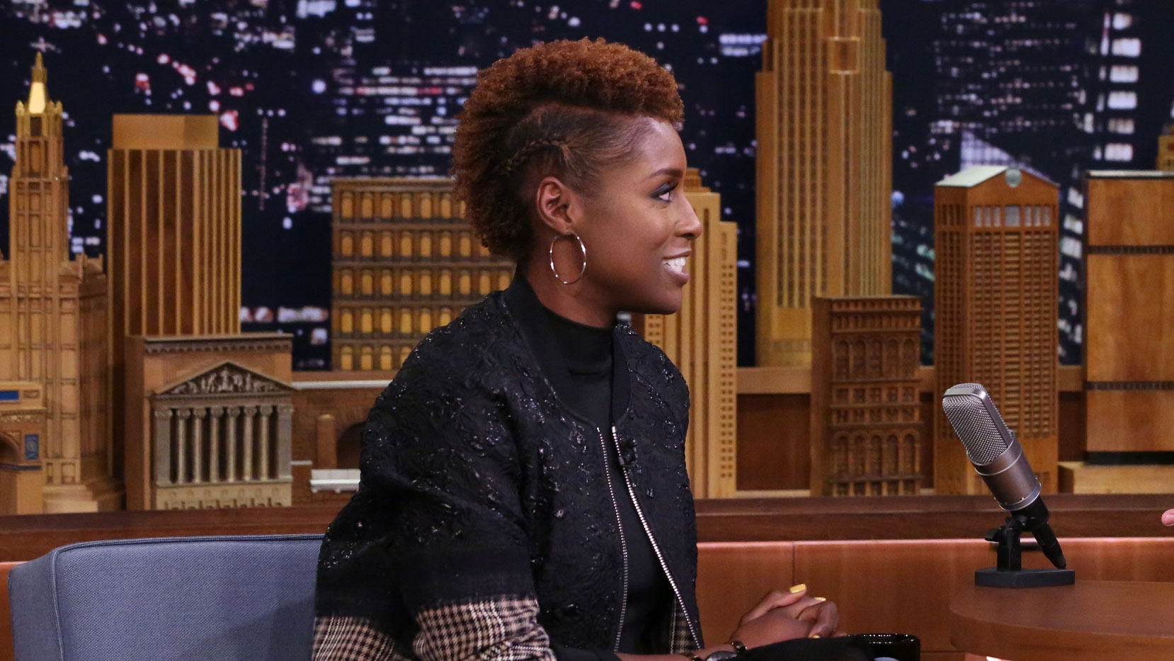 Issa Rae Got Awkward Meeting Jimmy Backstage The Tonight Show