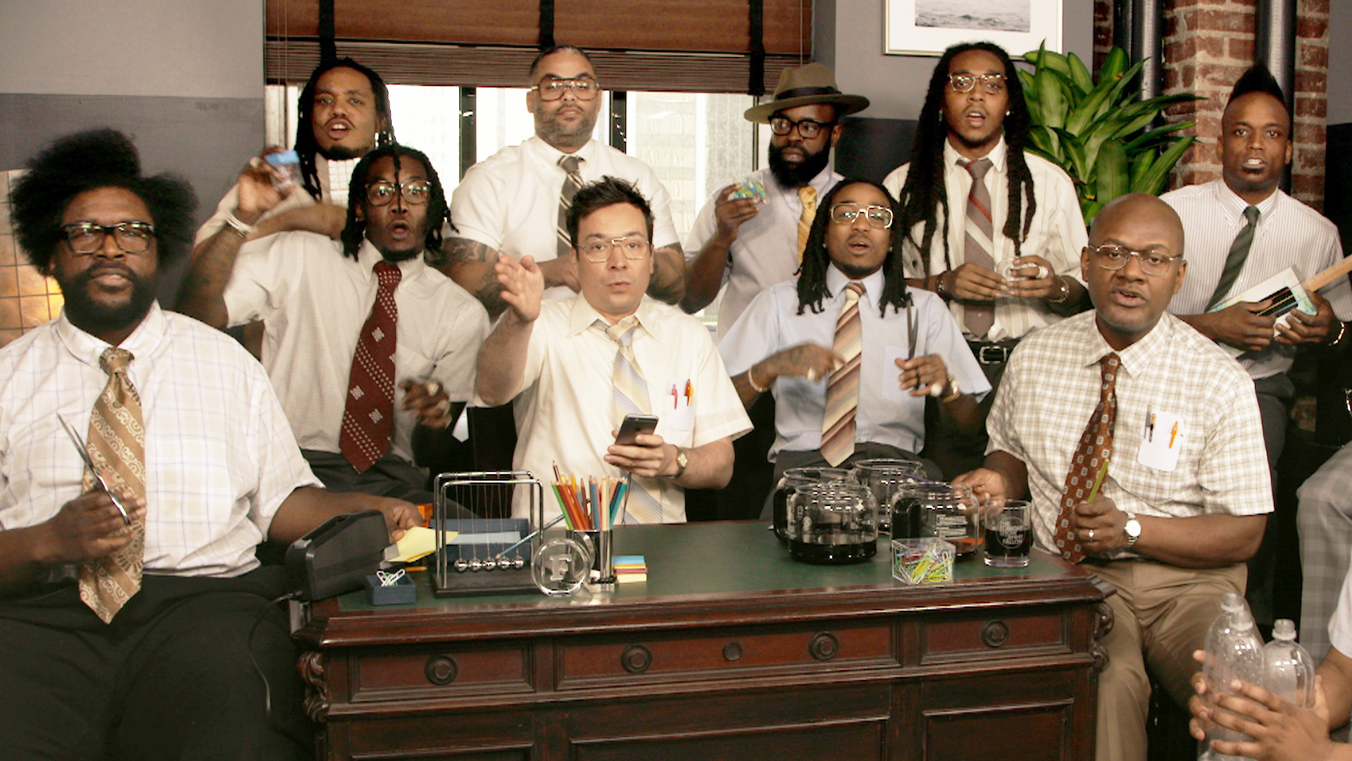 """Jimmy Fallon, Migos & The Roots Sing """"Bad and Boujee"""" (w/ Office ..."""